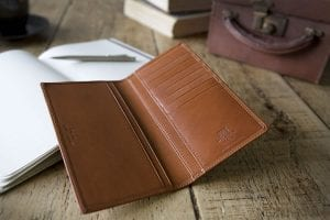 Whitehouse Cox luxury leather goods made in England with a global appeal